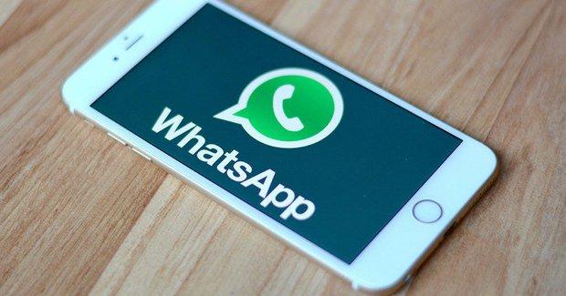 compartir música en WhatsApp