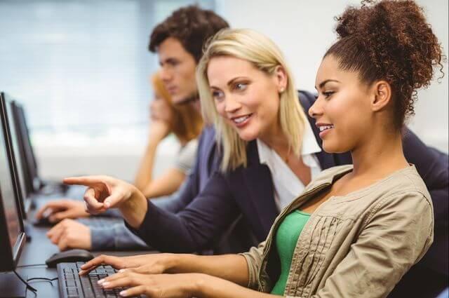 pocas mujeres en este rubro informático