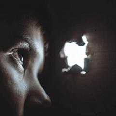 Los efectos adversos de transmitir el miedo al abismo