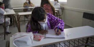 Comenzaron las clases presenciales en Provincia: protocolos, modalidades y el calendario escolar