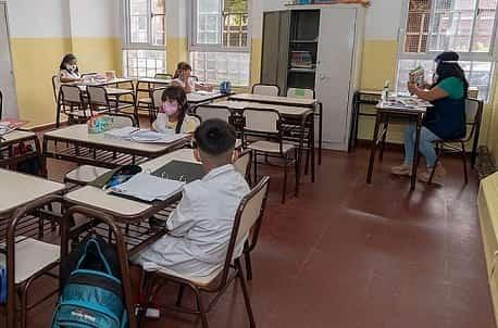 San Isidro presentó un amparo para clases sean presenciales